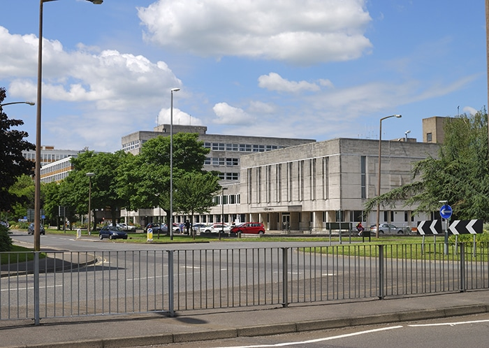 Crawley council civic hall - damp proofing
